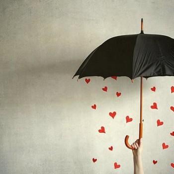 hearts-under-umbrella